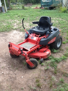 Simplicity Zero-Turn Mower(Image 1)